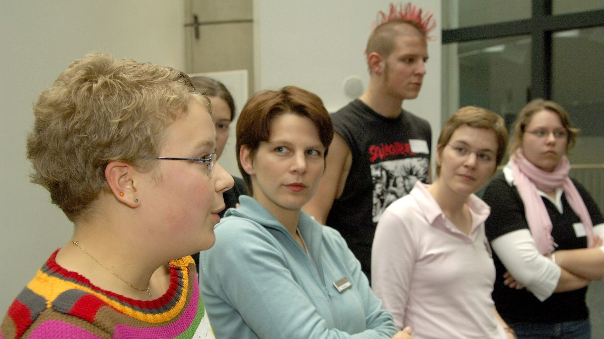 Jugendliche der TeenGroup 2005/2006 im Gespräch
