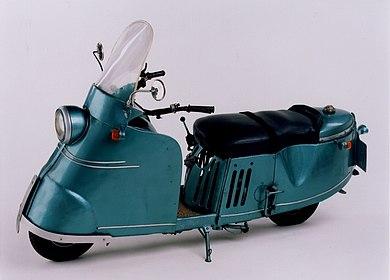 Foto selbstgebastelter Motorroller 1949, Stiftung Haus der Geschichte der Bundesrepublik Deutschland