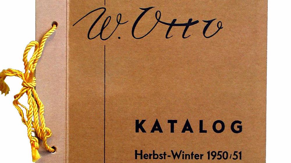 Brauner Einband des OTTO-Katalogs für die Herbst-Winter-Kollektion 1950/1951.