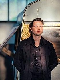 Porträtfoto des Romanautors Björn Stephan