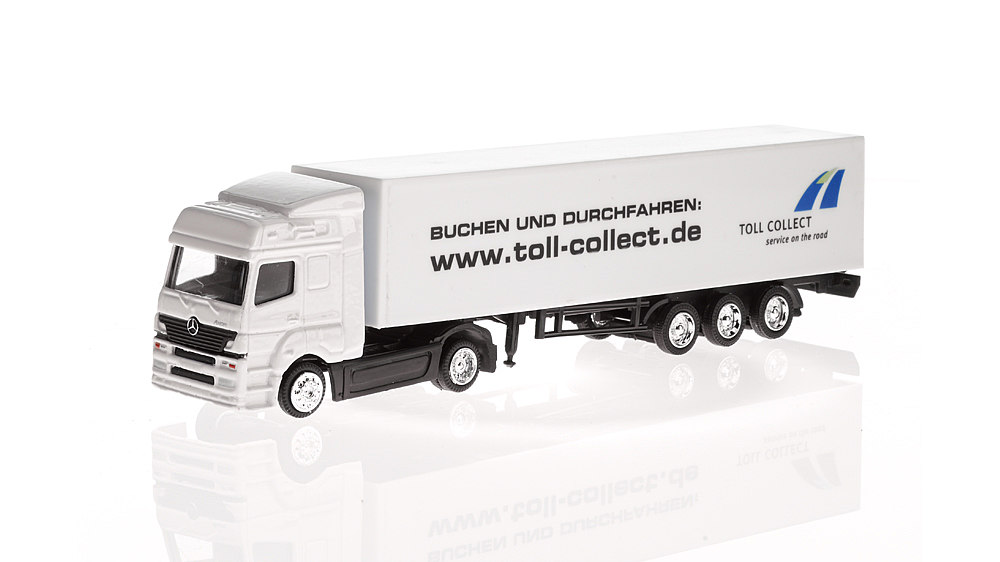 White Mercedes Truck: 'Toll Collect', 2004