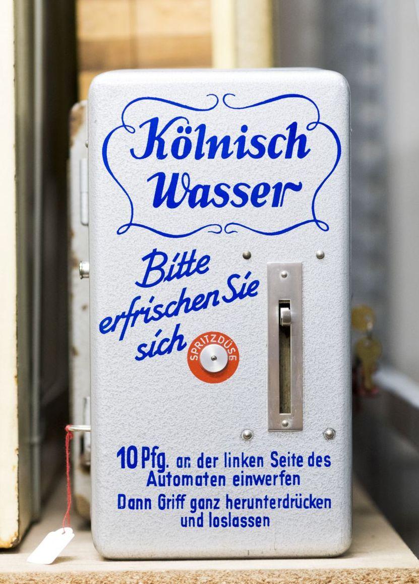 Automat für Kölnisch Wasser