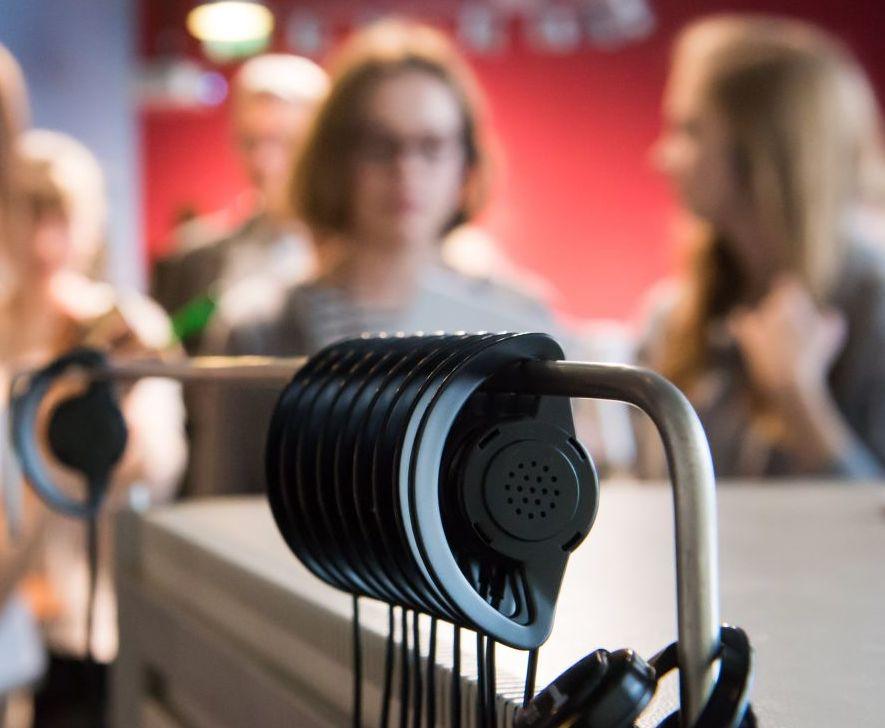 Kopfhörer des Gruppenführungssystems