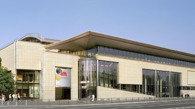 Museum building Haus der Geschichte