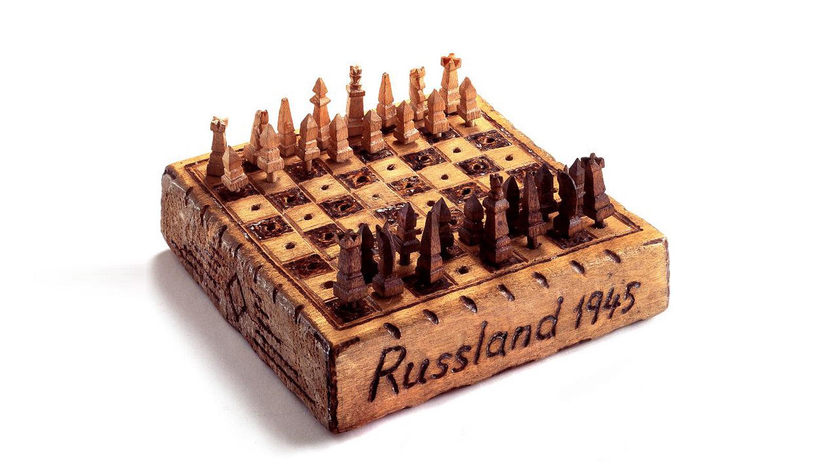 Schachspiel aus sowjetischer Kriegsgefangenschaft, 194