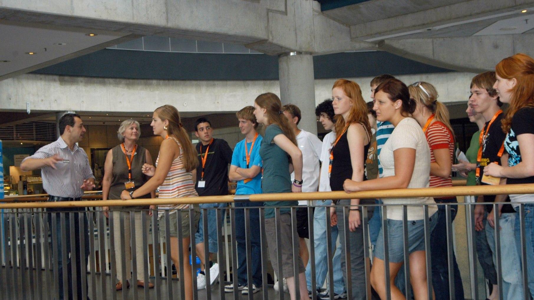 Die TeenGroup 2006/2007 mit der amerikanischen TeenGroup im Haus der Geschichte