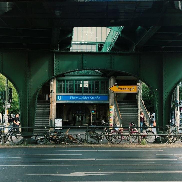 U-Bahnhof Eberswalder Straße, vormals Dimitroffstraße