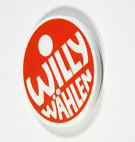 """Button """"Willy Wählen"""", (c) Axel Thünker, Stiftung Haus der Geschichte der Bundesrepublik Deutschland"""