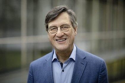 Porträt des Autors Prof. Dr. Dr. h. c Karl-Heinz Paqué