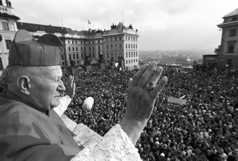 Photograph 'Cardinal Tomasek in front of Prague Castle'