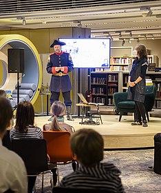 Lesung Susanne Schädlich in der Lounge, Käptn Book 2020 (c) Jennifer Zumbusch, Stiftung Haus der Geschichte der Bundesrepublik Deutschland