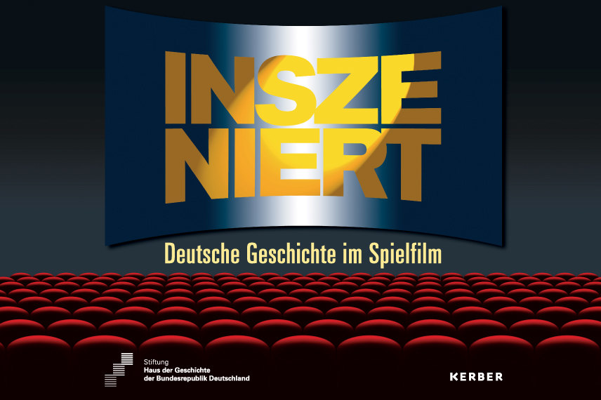 Auf dem Cover ist die Grafik eines Kinosaals mit roten Sitzreihen, auf der Leinwand steht der Titel der Ausstellung