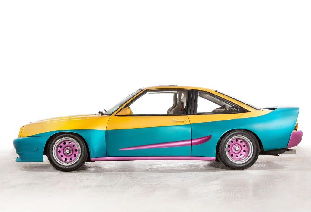 The original car from the film 'Manta, Manta'.