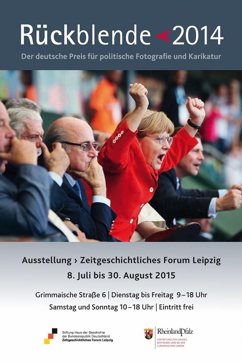 Plakat zur Ausstellung Rückblende 2014. Der deutsche Preis für politische Fotografie und Karikatur