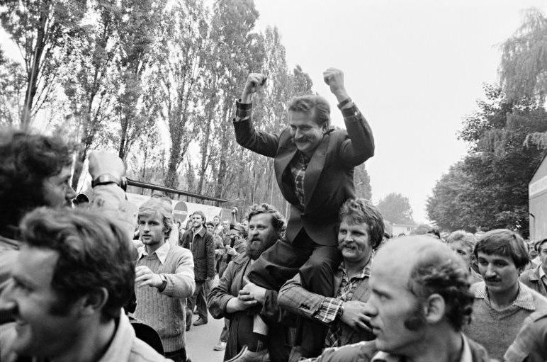 Fotografie 'Arbeiter auf der Danziger Lenin-Werft'
