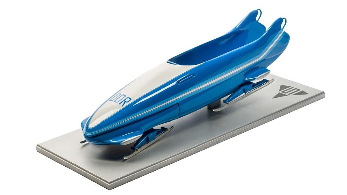 Modell eines Bobschlittens aus der DDR