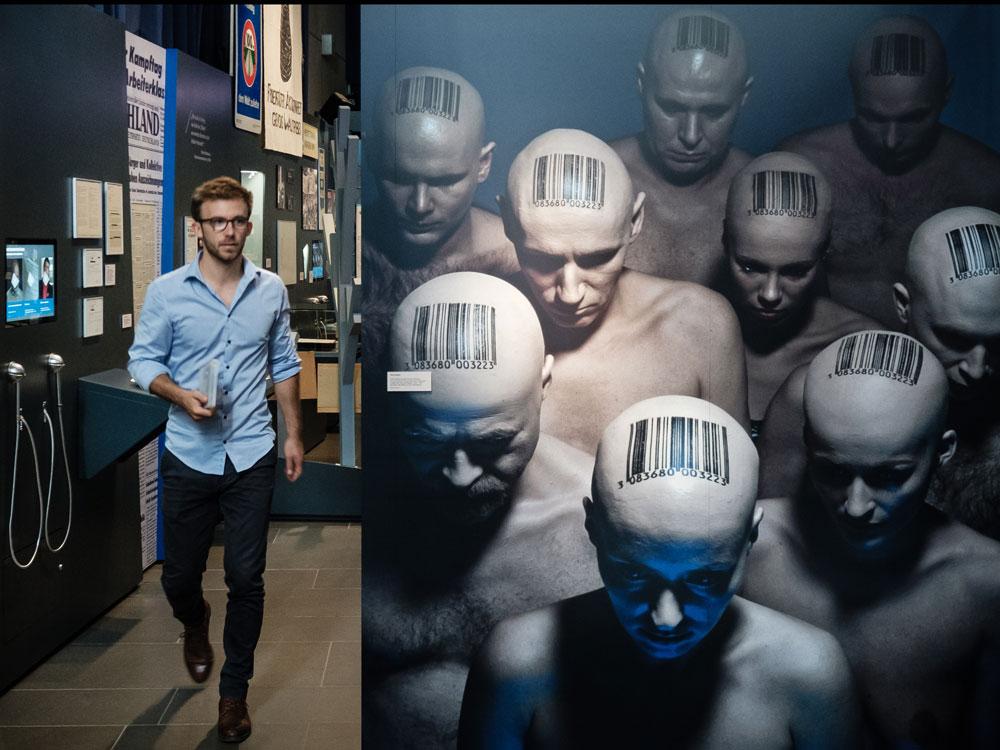 Die Angst vor Überwachung wird in der Ausstellung unter anderem thematisiert.