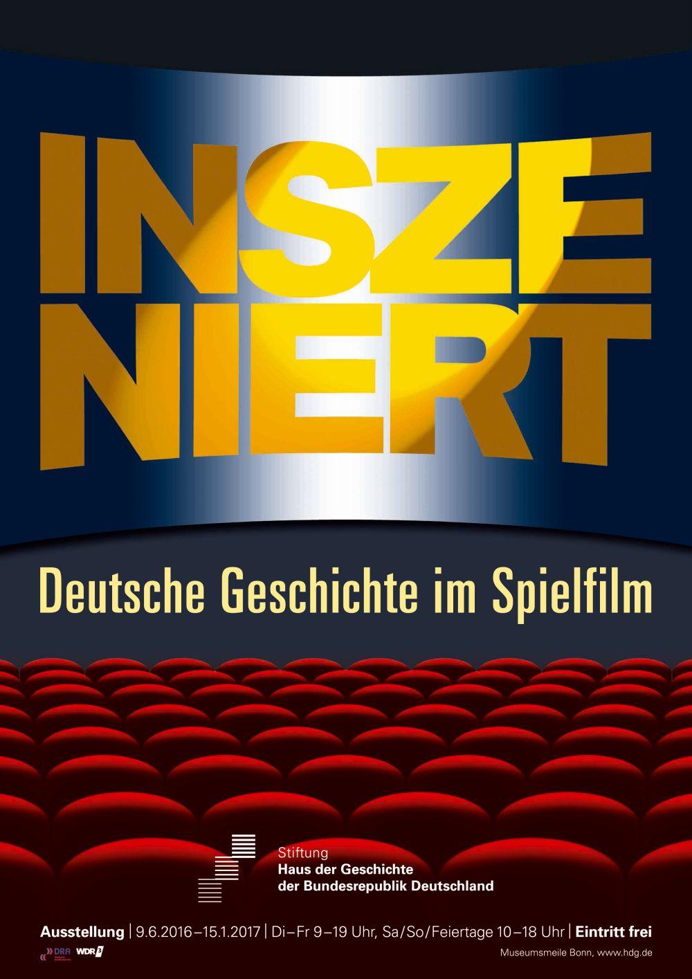 Plakat der Ausstellung mit der Grafik eines Kinosaals mi roten Sitzreihen und dem Ausstellungstitel auf der Leinwand