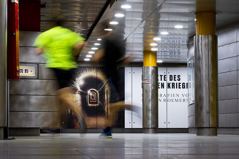 Jogger in der U-Bahn