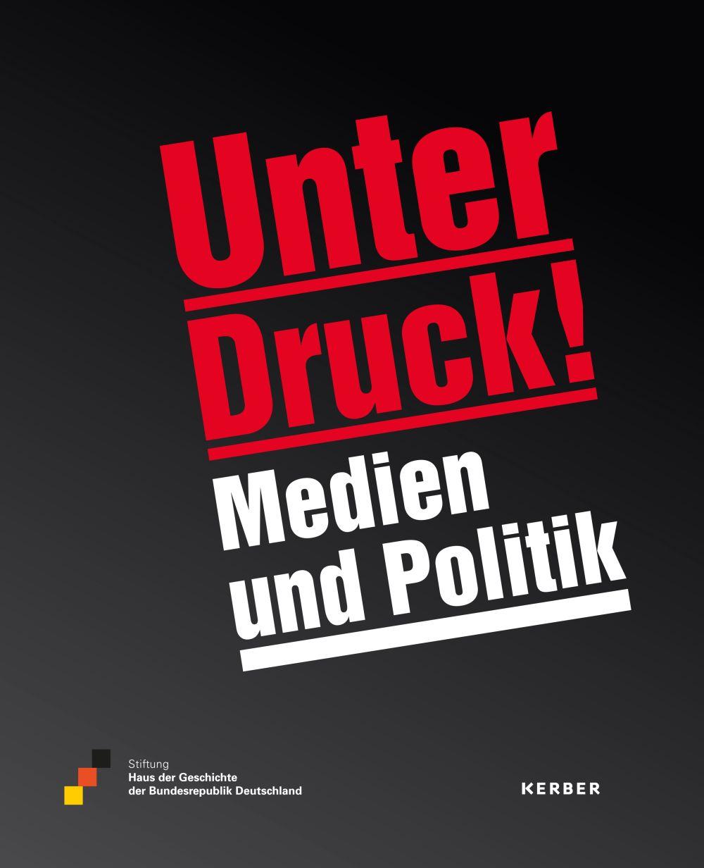 Buch zur Ausstellung mit großem rotem und weißem Schriftzug auf schwarzem Grund