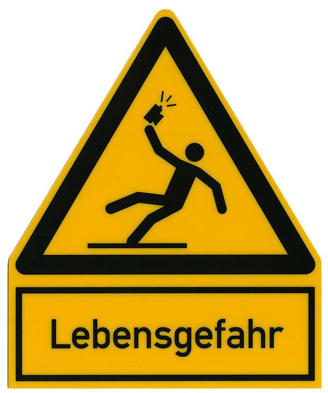 """Warning sign """"Danger to life through dangerous selfies"""""""