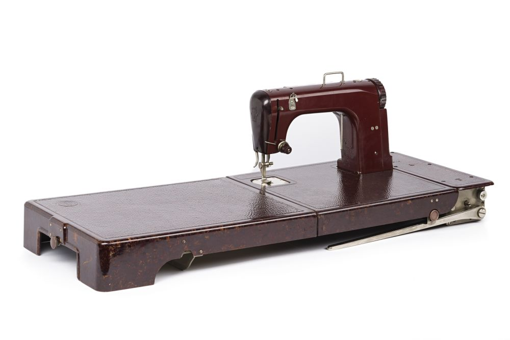 Luggage sewing machine Freia, Ernst Fischer