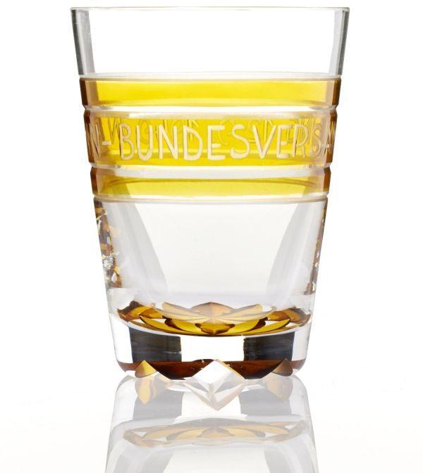 Glas mit Gravur 'Bundesversammlung'