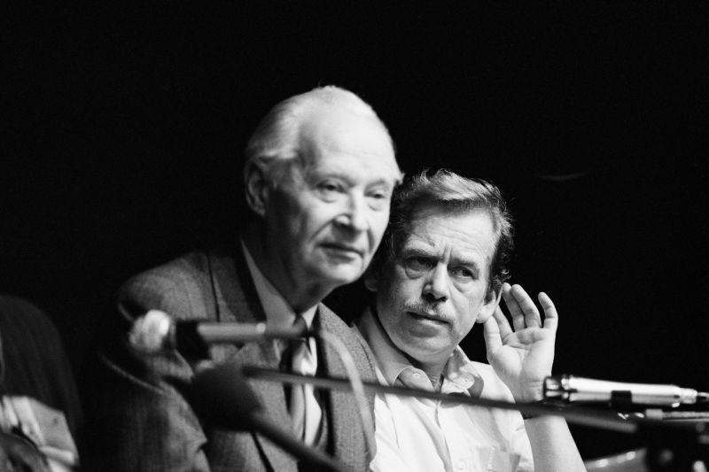 Alexander Dubcek, Harald Schmitt