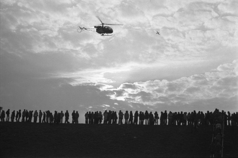Fotografie 'Hubschraubereinsatz gegen Demonstranten in Brokdorf'