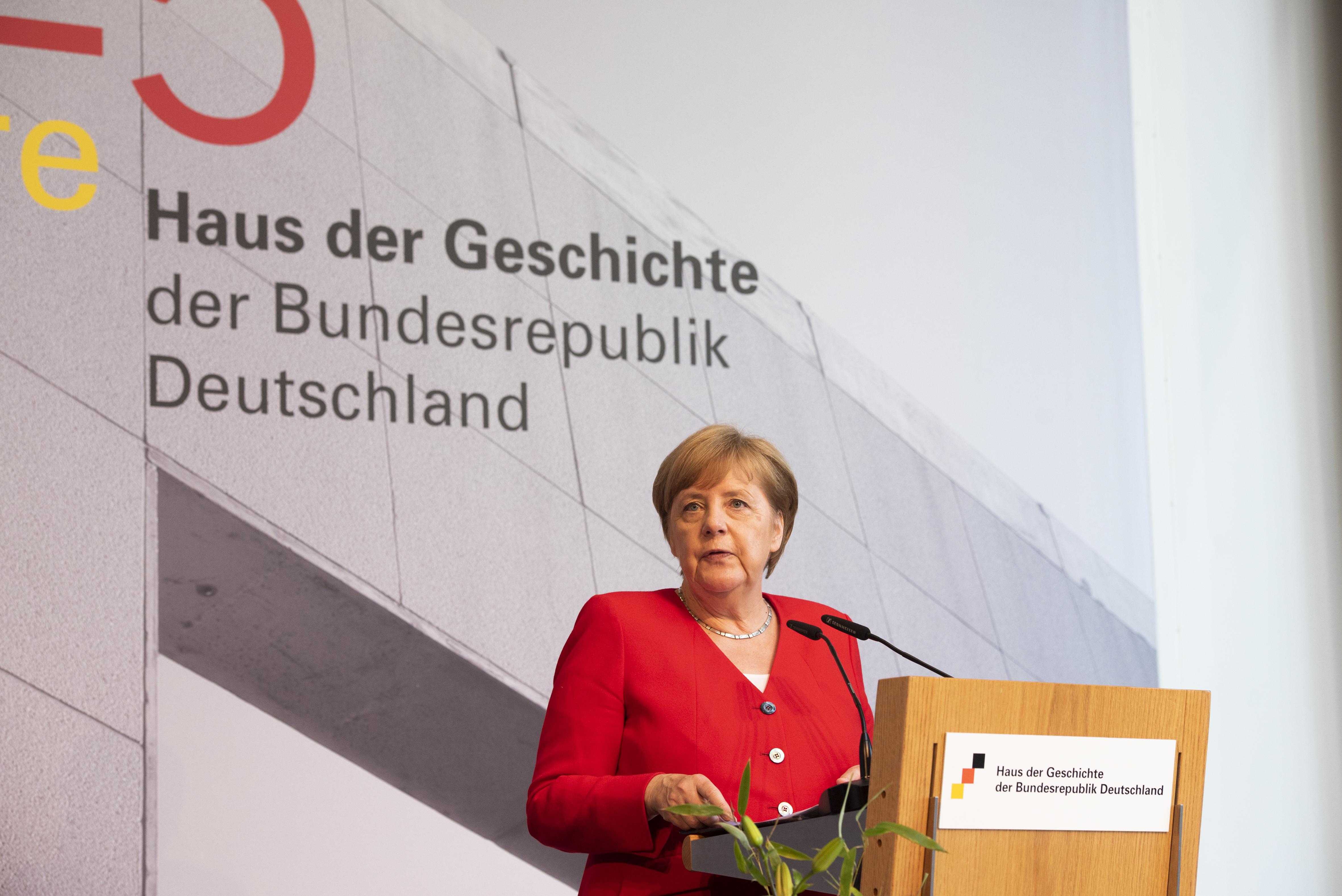 Dr. Angela Merkel, Bundeskanzlerin