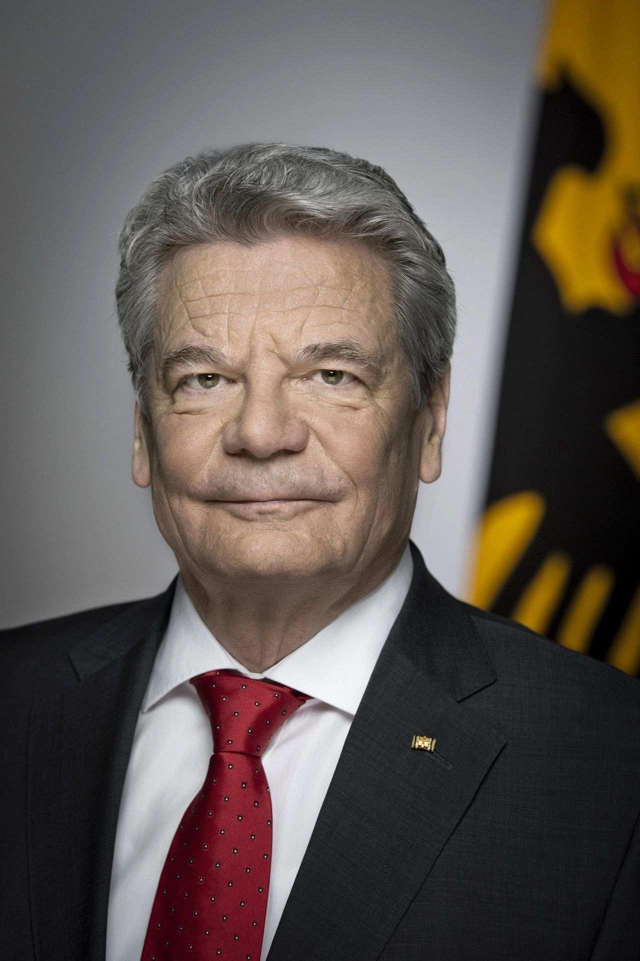 Offizielles Porträt von Bundespräsident Joachim Gauck, 2012.