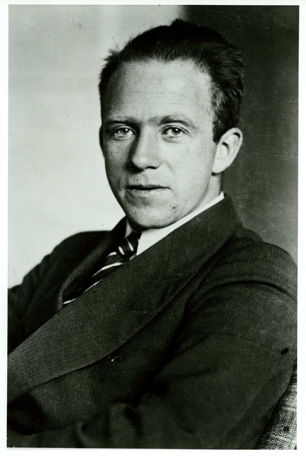 Related Keywords & Suggestions for werner heisenberg