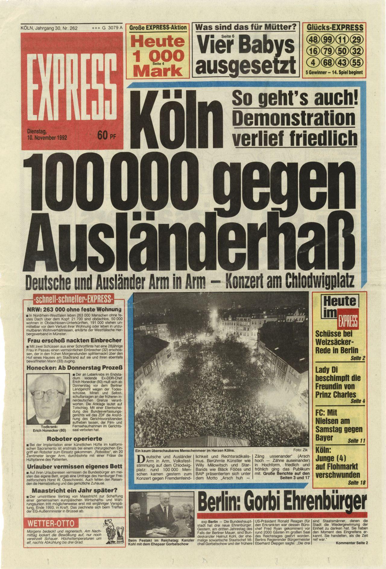 "LeMO-Objekt: Titelseite ""Express"", Demonstration gegen"
