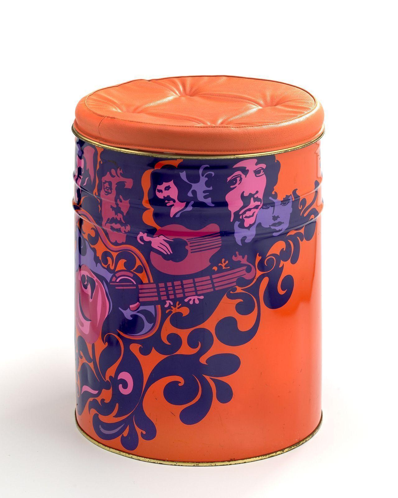 Orangefarbene Partytonne mit Jimi-Hendrix-Abbildung