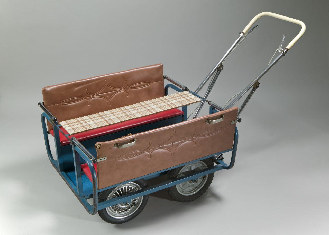 lemo objekt sechssitzer kinderwagen. Black Bedroom Furniture Sets. Home Design Ideas