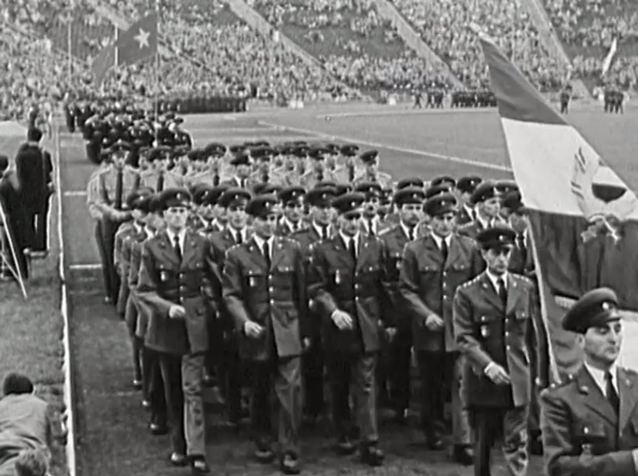 Videostartbild Sozialistische Waffenbrüder